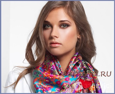 Завязываем шарф на шее красиво
