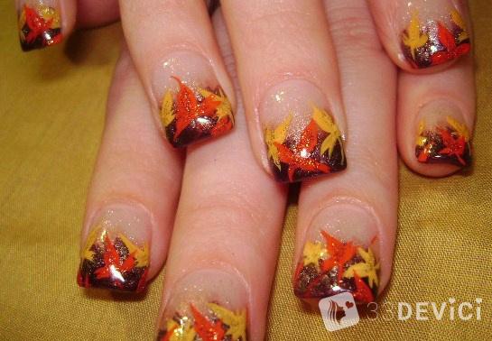 осенние листик на ногтиках