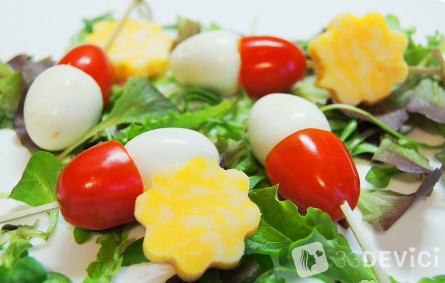 canape-with-quail-eggs-e1384353055110
