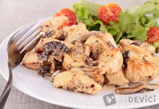 рецепт куриной грудки в сметанном соусе