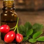 Масло шиповника — свойства и применение