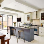 Дизайн кухни в частном доме в 2019